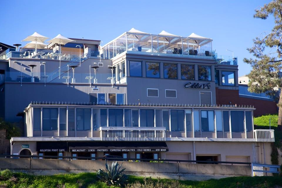 Eddie V's features an unparalleled view of the Pacific shoreline in La Jolla, CA.