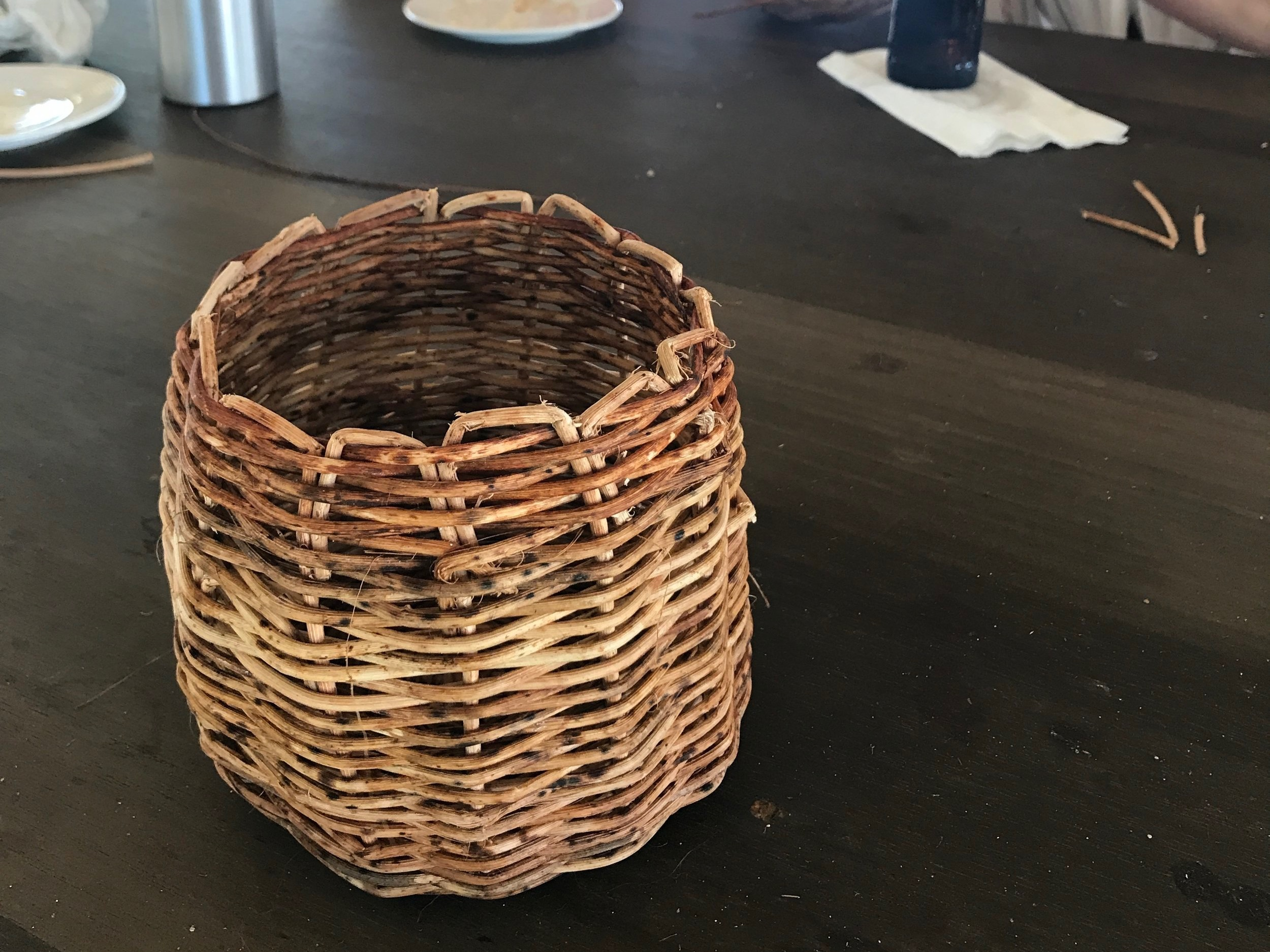 MAYA BASKET WEAVING& LANGUAGE CLASS - Spend time learning Belize's oldest language and oldest traditions. Rufino will guide you in making a small basket with hand selected materials from the jungles of Toledo District. An awesome gift to take home.