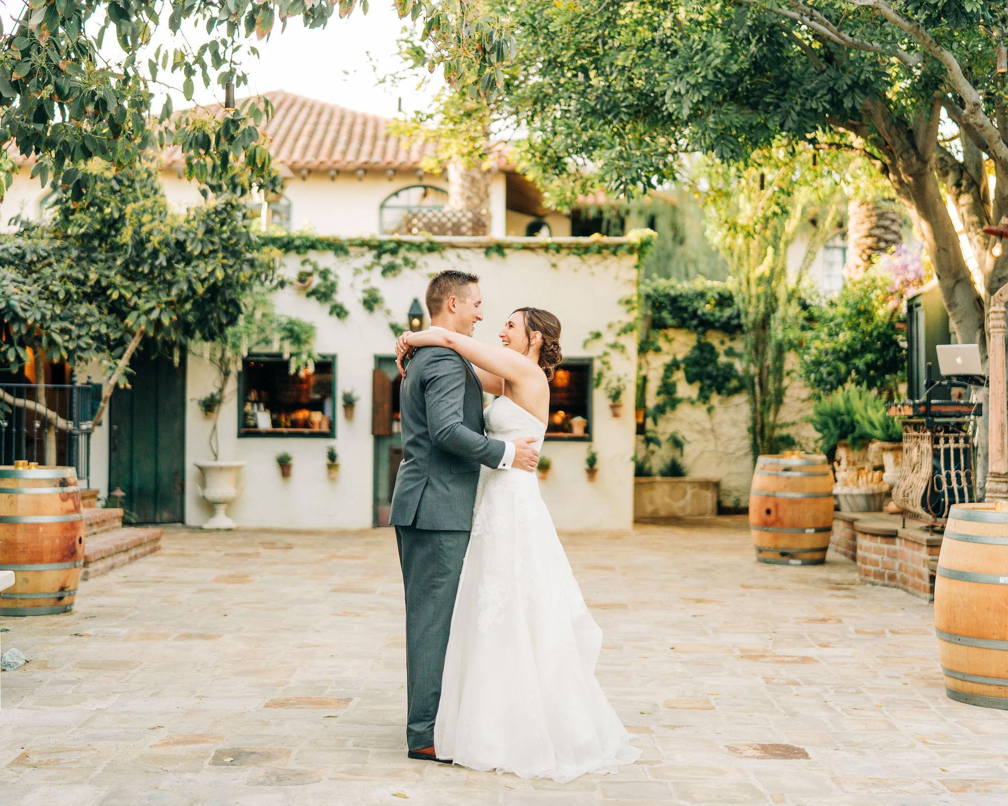 the-villa-san-juan-capistrano-wedding-095.jpg