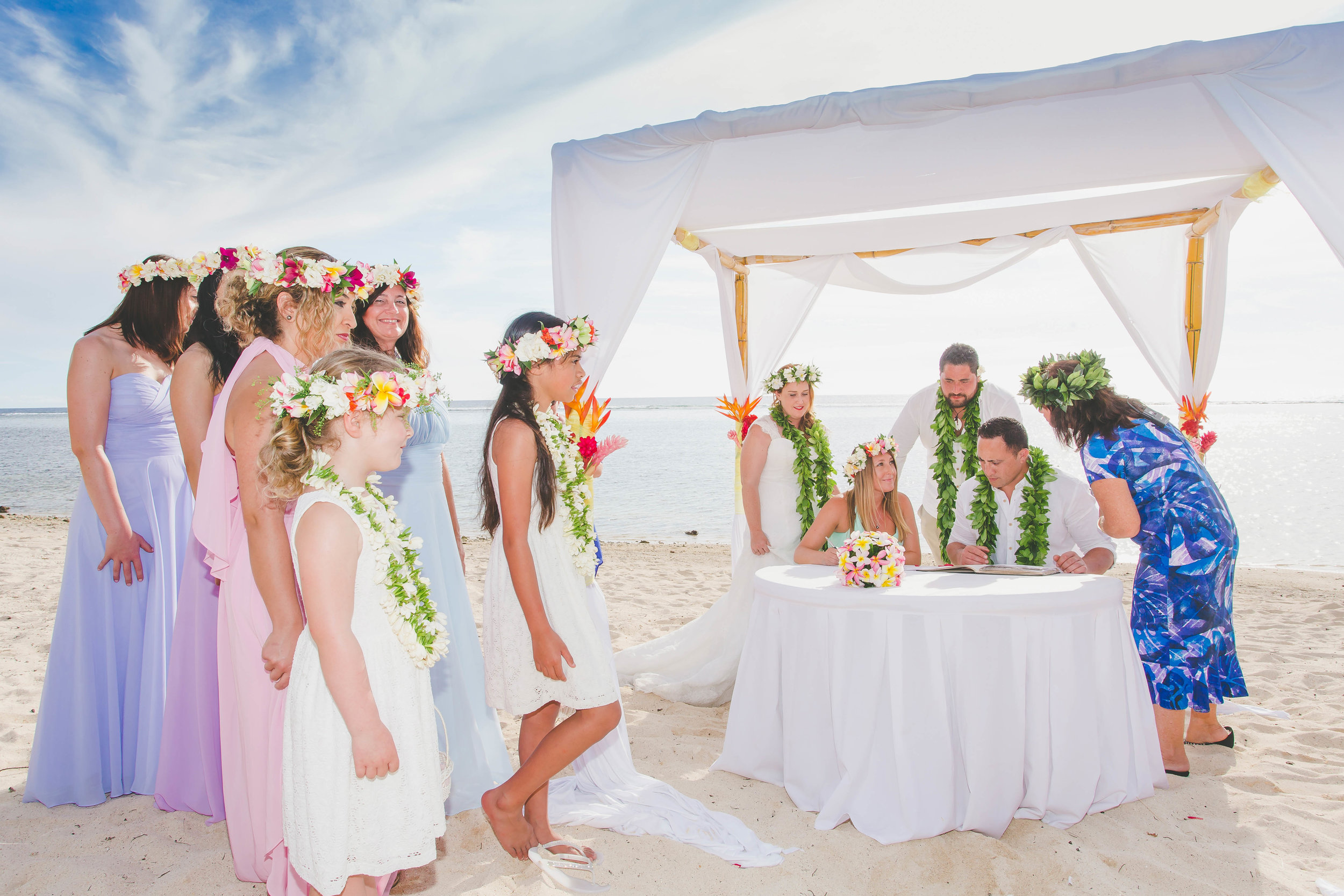 Beach wedding Cook Islands