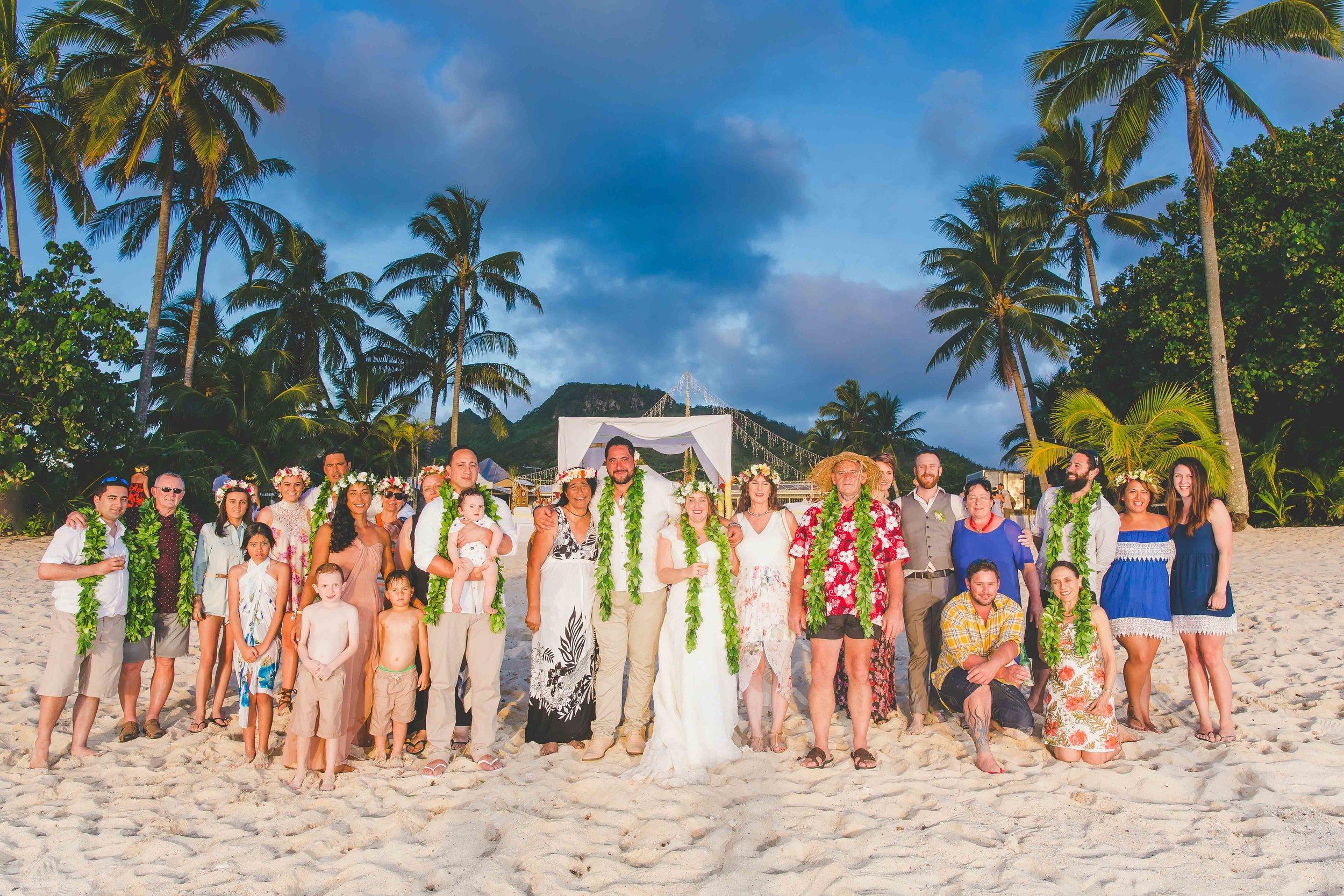 familiy wedding portrait rarotonga