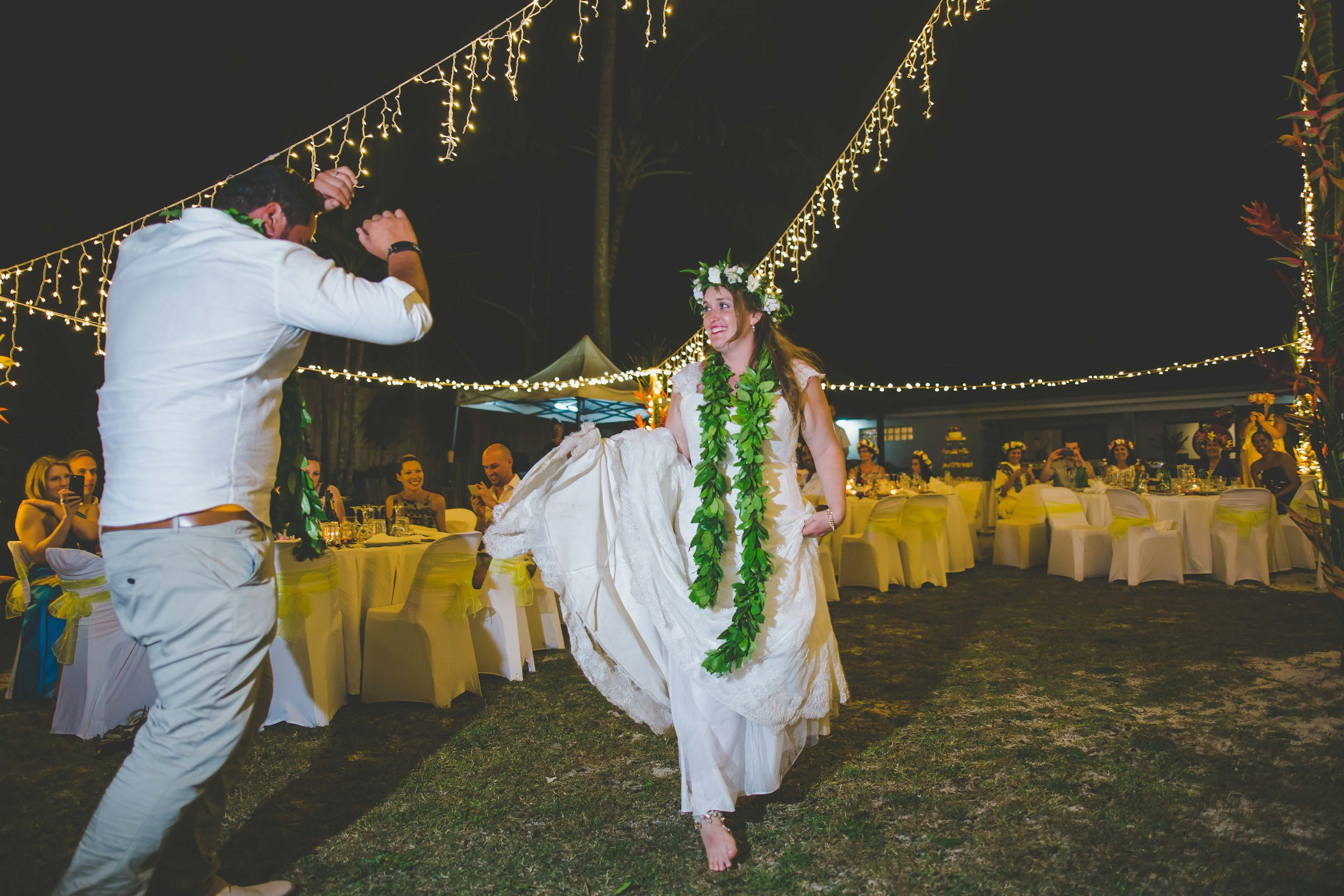 first dance rarotonga wedding