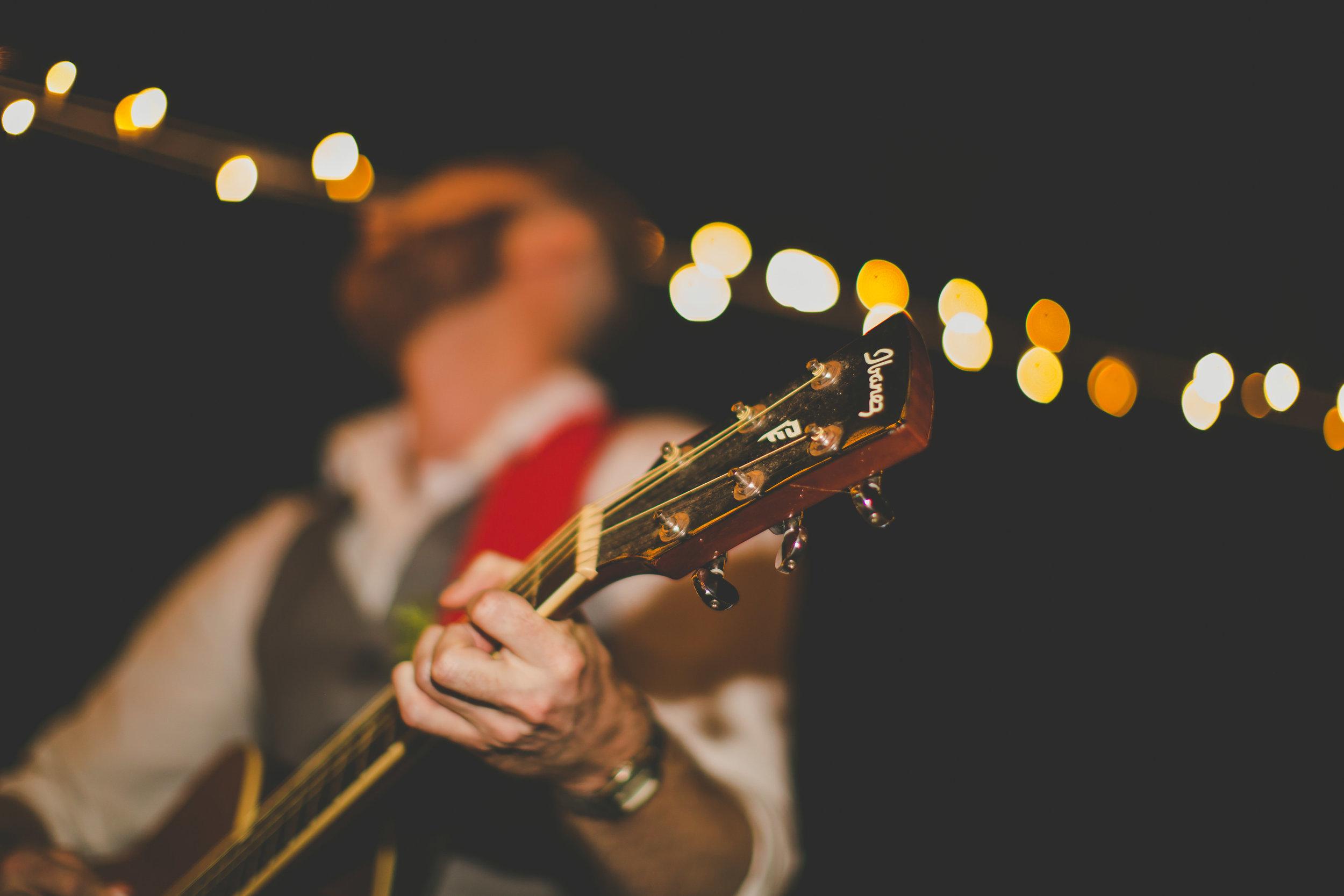 guitar rarotonga