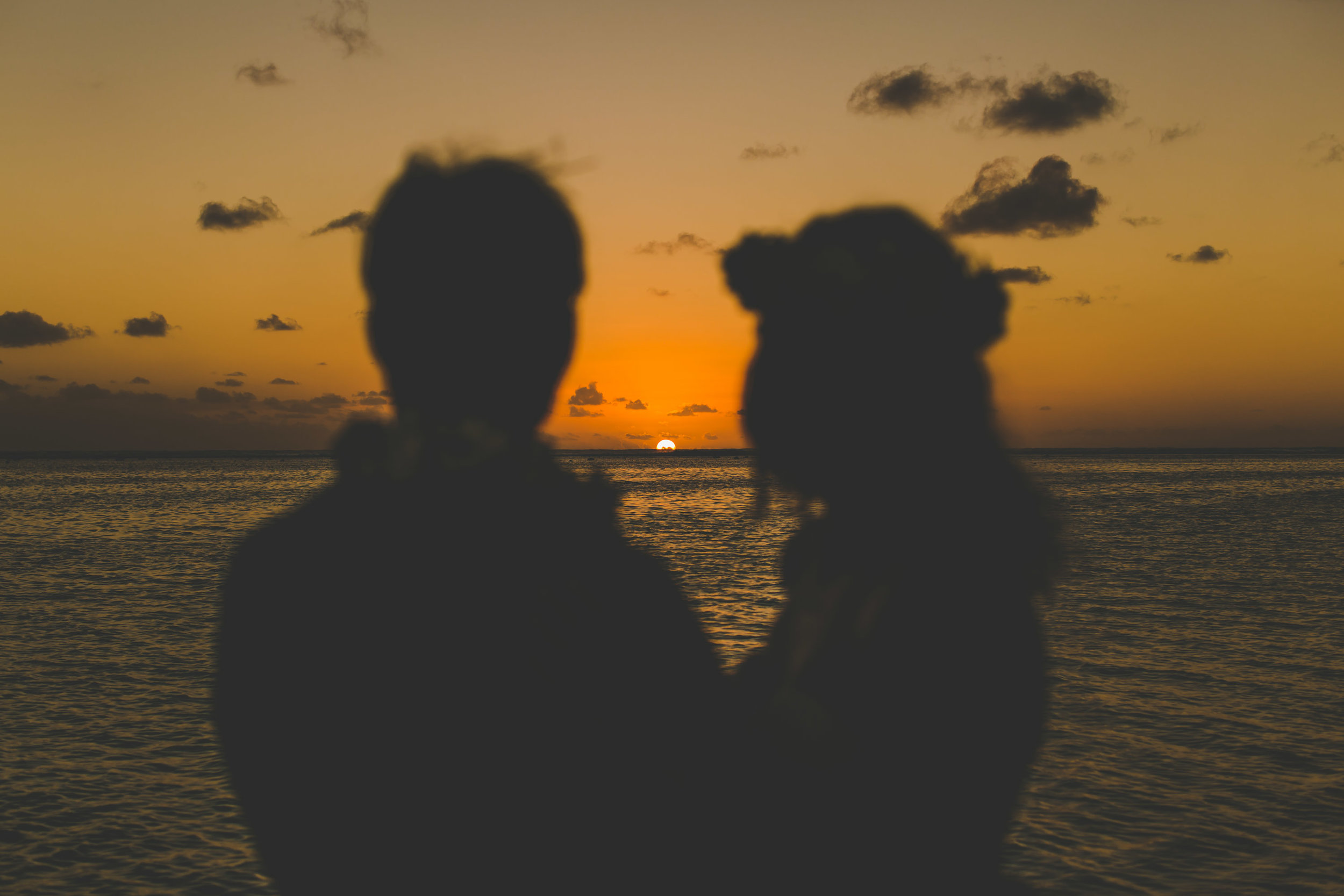sunset wedding rarotonga