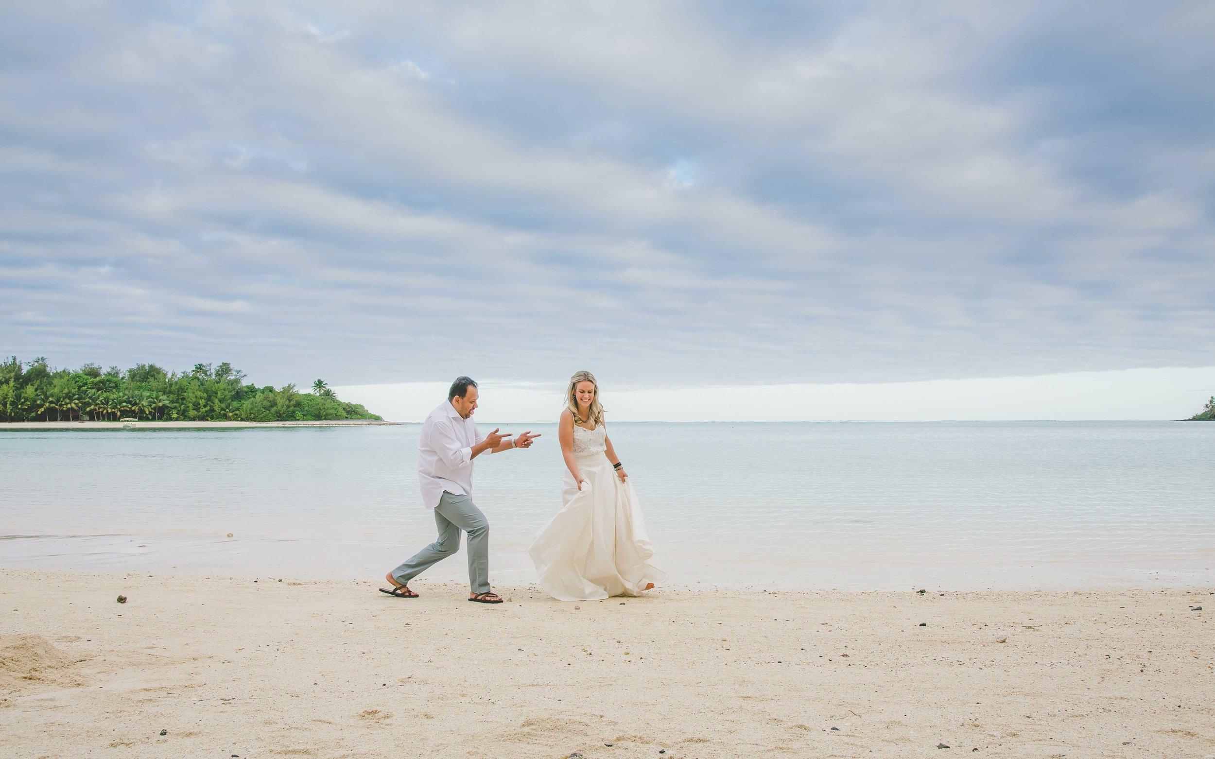 beach wedding cook islands