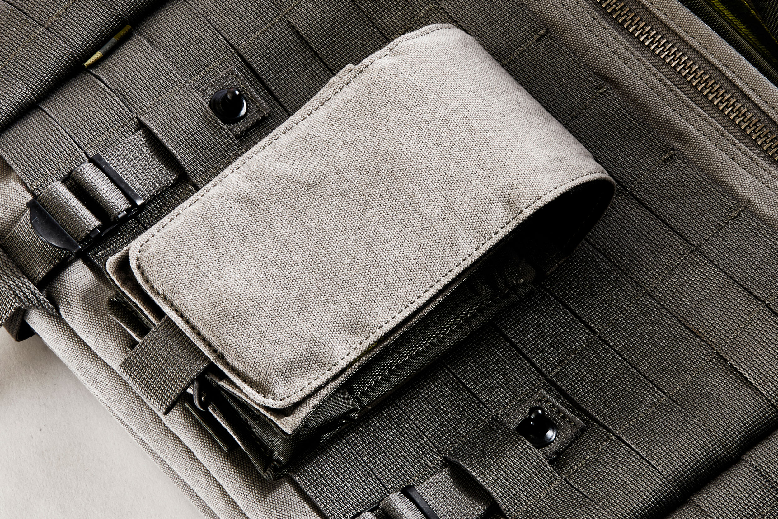 MultiPouch Attached Externally