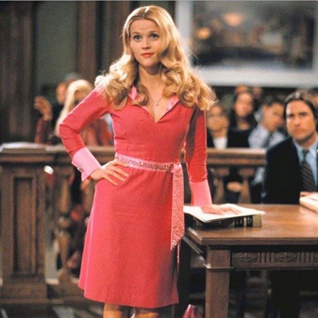 Can we have the confidence of Elle Woods and Madeline Mackenzie's sarcastic humor? 💅🏼
