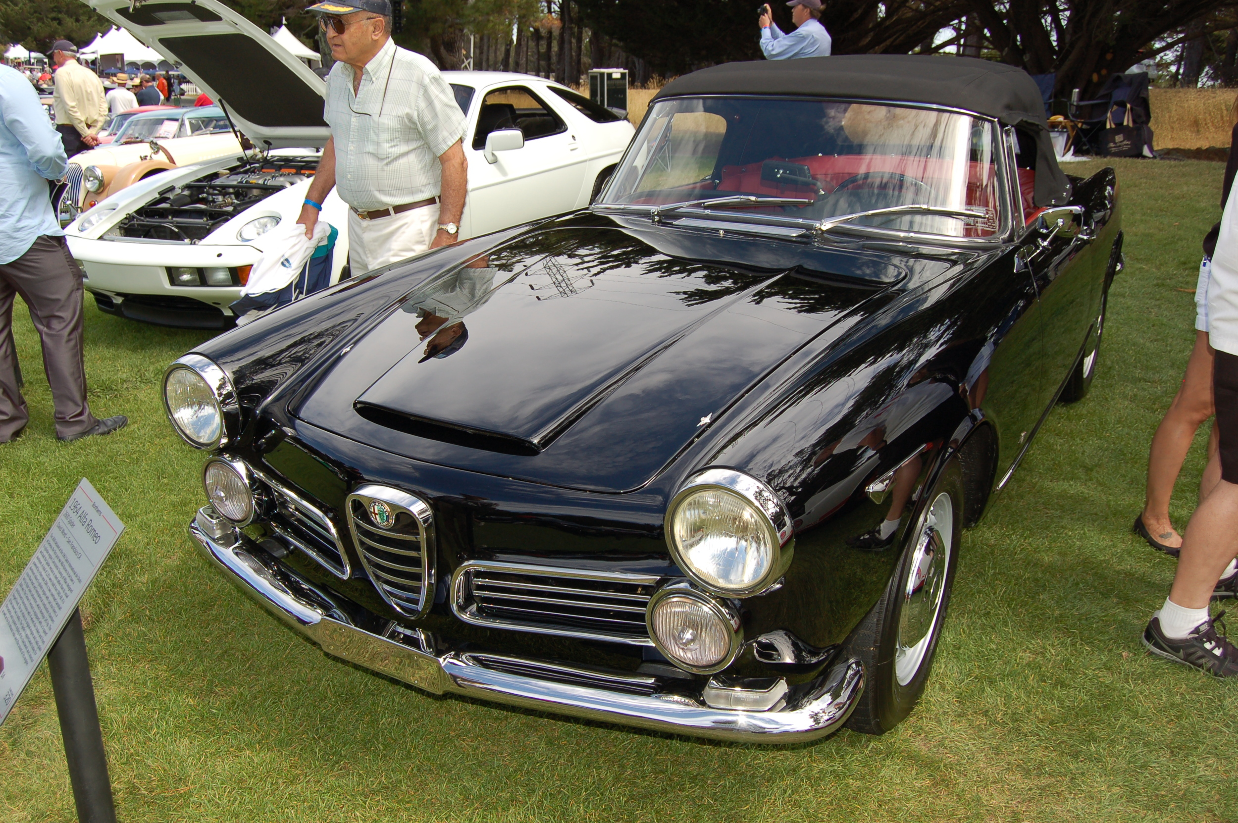 A super well-kept Porsche 928 managed to beat this 1964 Alfa Romeo 2600 Spider in the Concours.