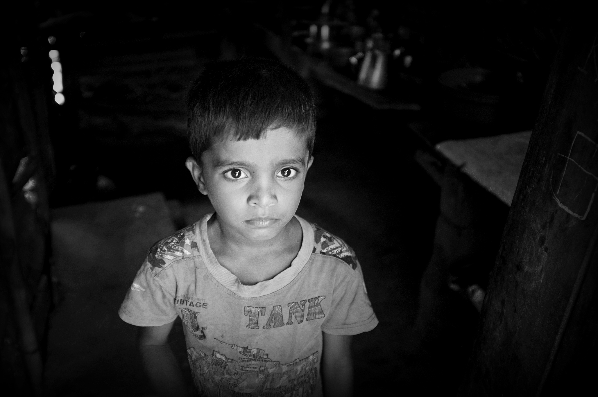 Sri-Lanka-village-boy-BW_REEDIT copy.jpg