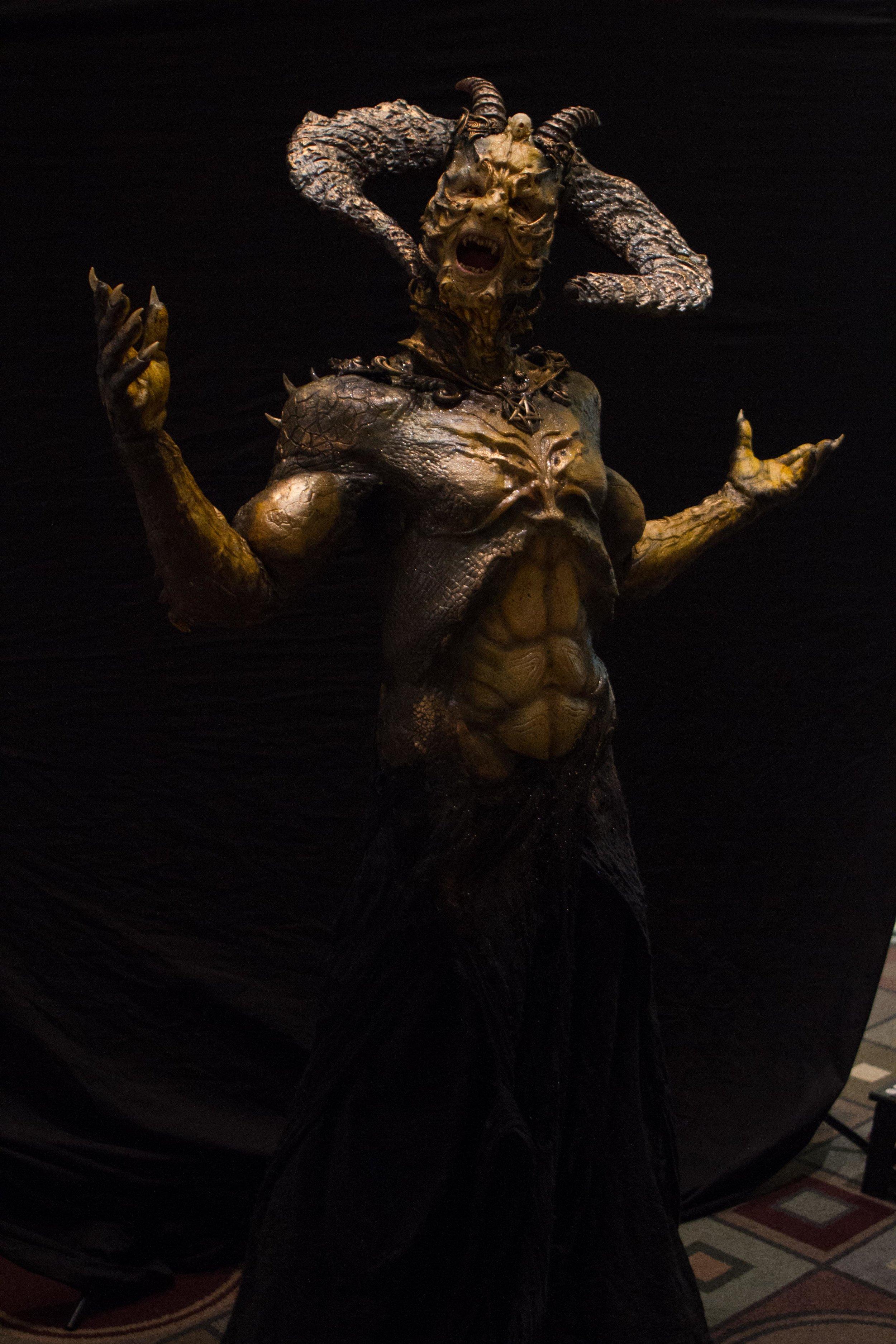 IMATS 2017 - FX Creator Josef Rarach & Vlad Taupesh Fantasy Special Effects Makeup (www.creativecastlestudios.com:fx-creator - www.KyleReaArt.com - www.KyleReaPhotography.com) 38.jpg
