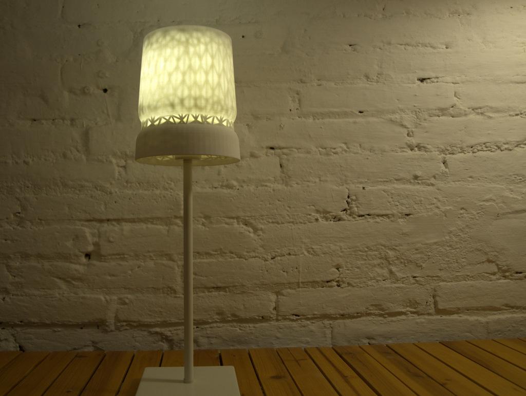 Stellate-Table-Lamp-002.jpg