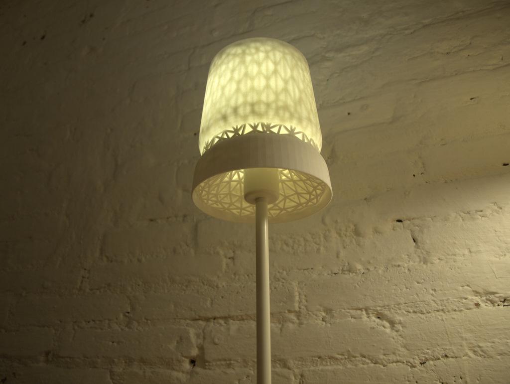 Stellate-Table-Lamp-003.jpg