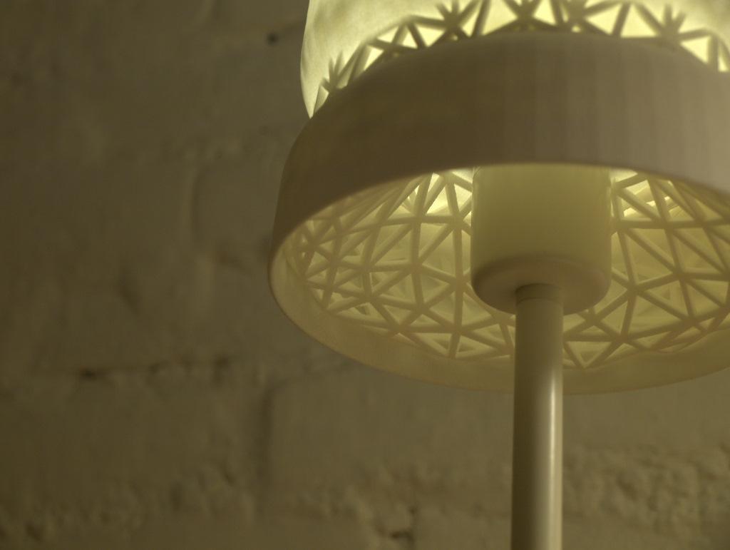 Stellate-Table-Lamp-004.jpg
