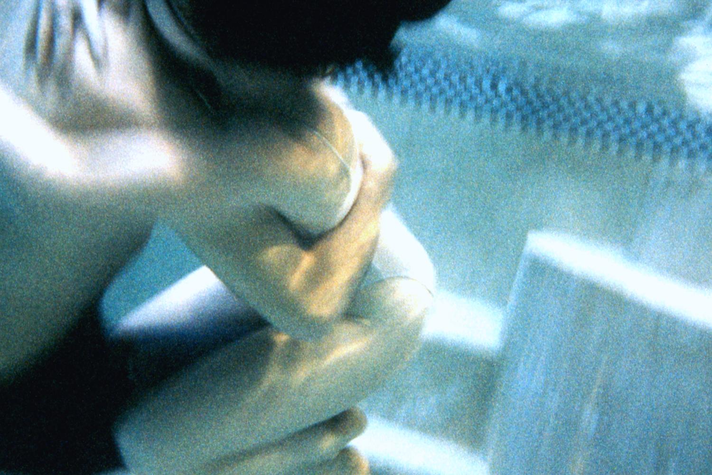 UW Hug 2 600 V2.jpg