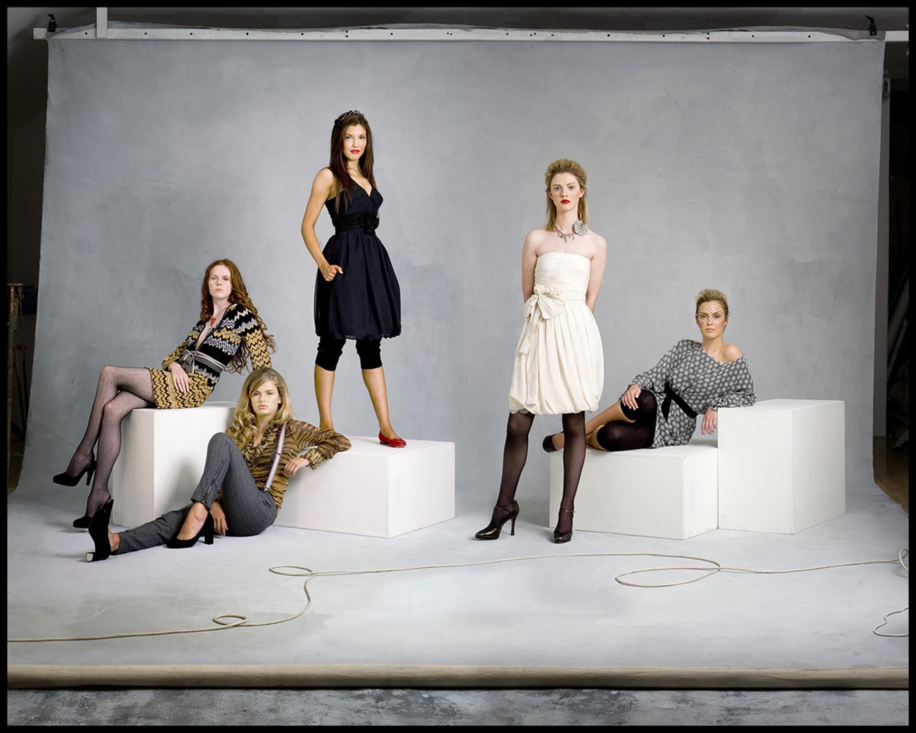 5 Girls.jpg