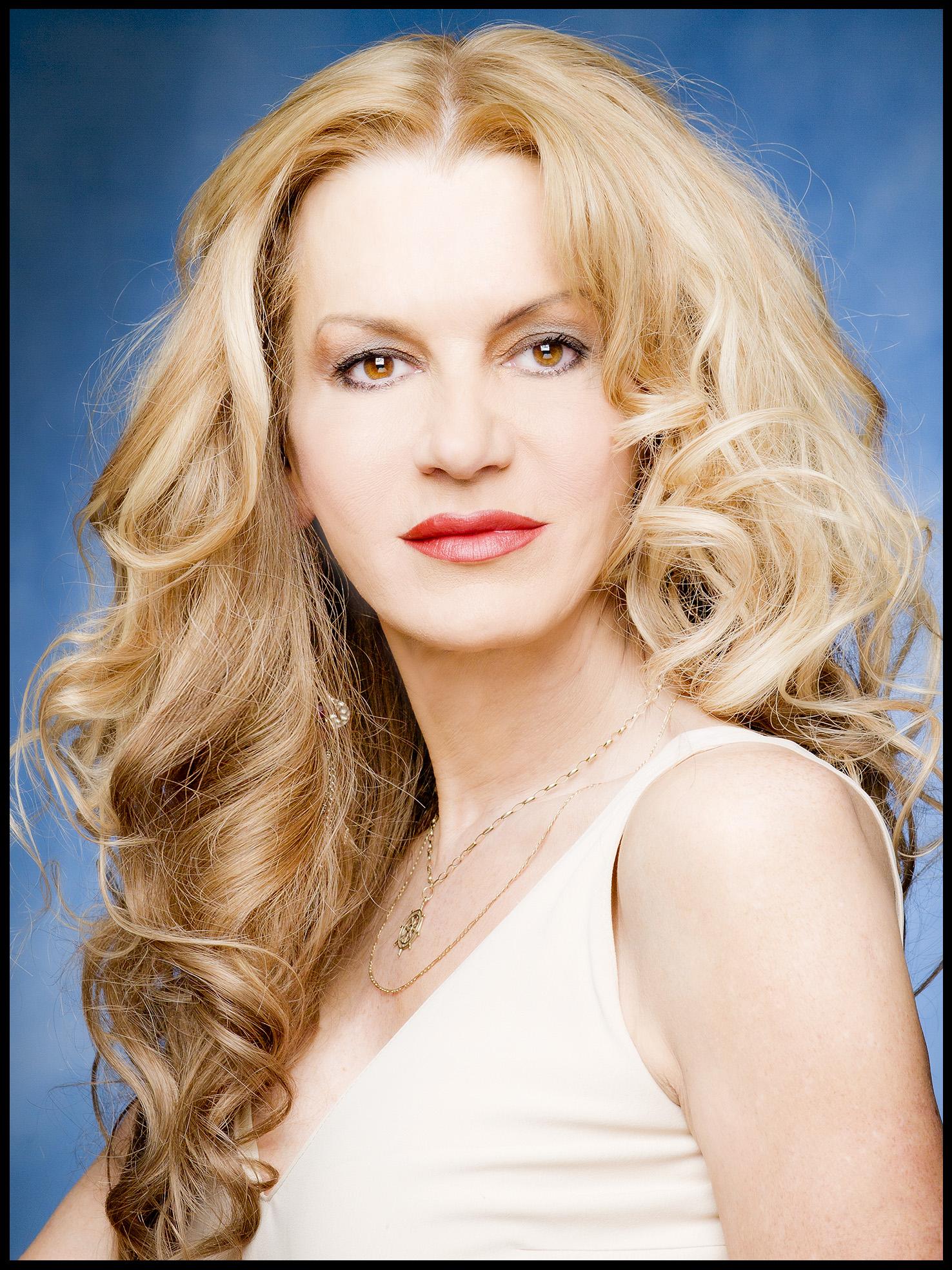 Rebecca De Havalland - Model Agent