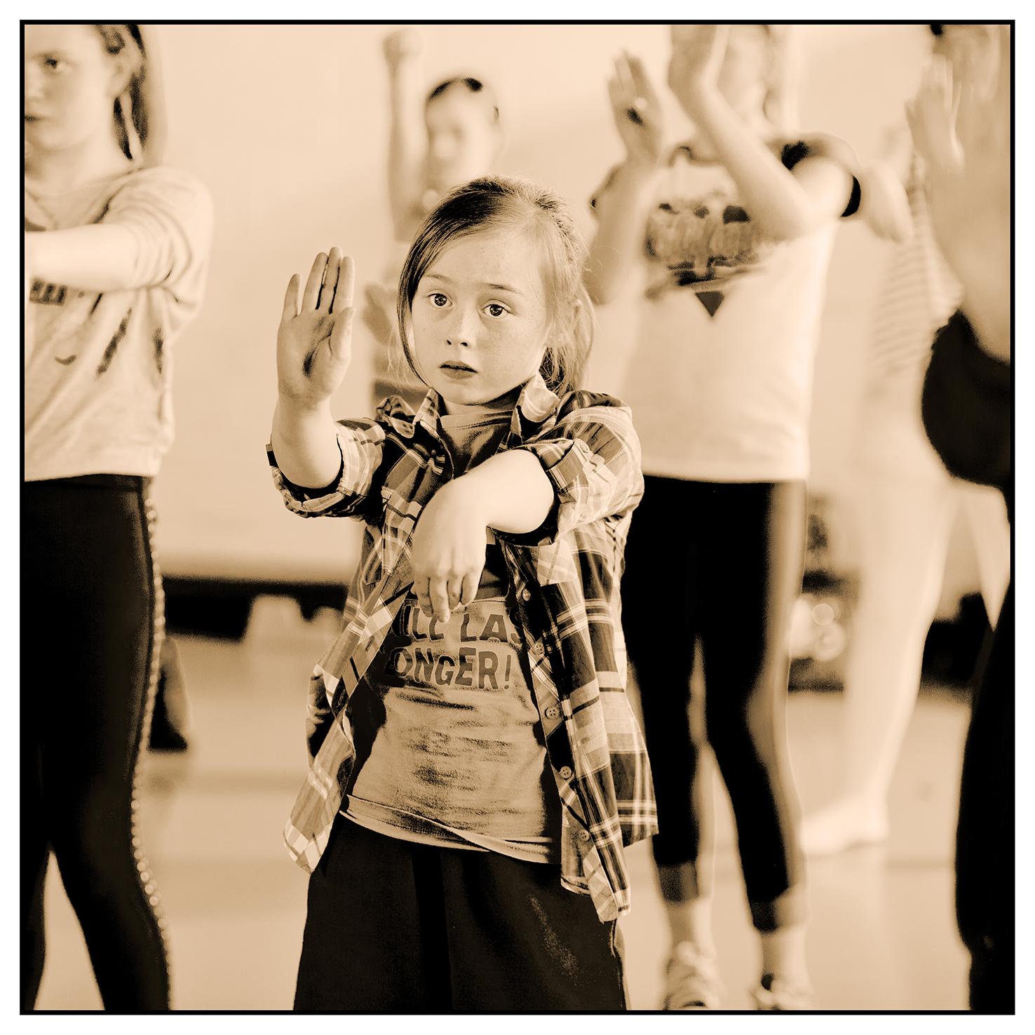 DancerB0074.jpg