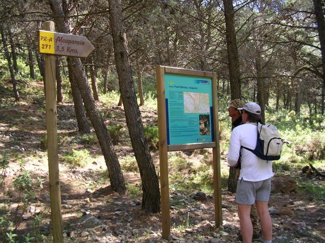 Begin van de wandeltocht 'Alcaparaín' w-site.jpg