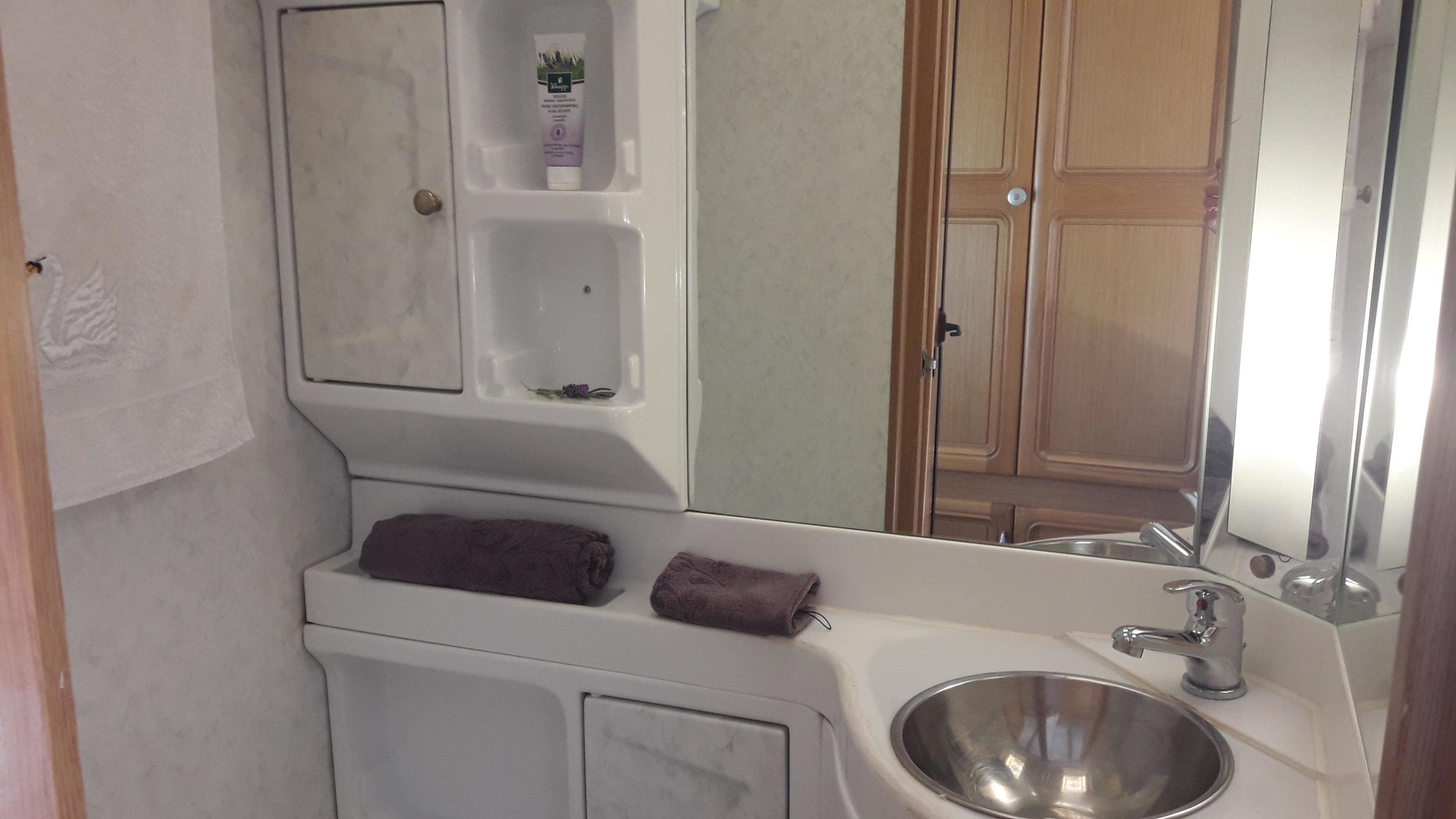 badkamer horizontaal.jpg