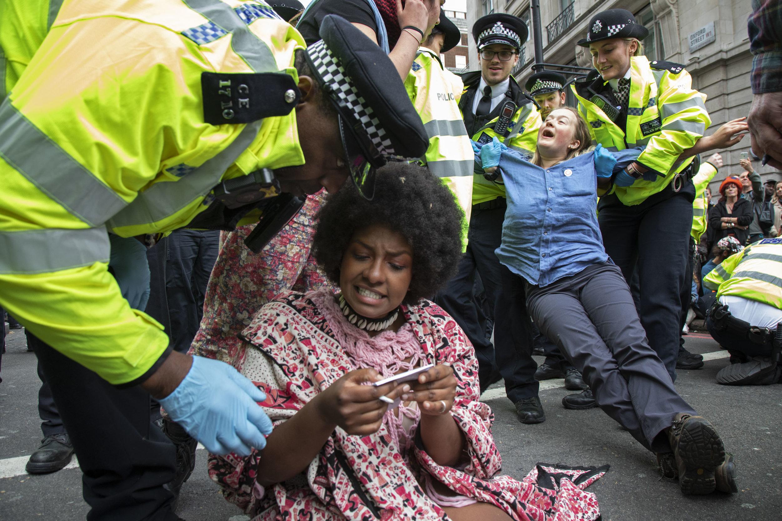 20190424_extinction rebellion arrests clearance_045.jpg