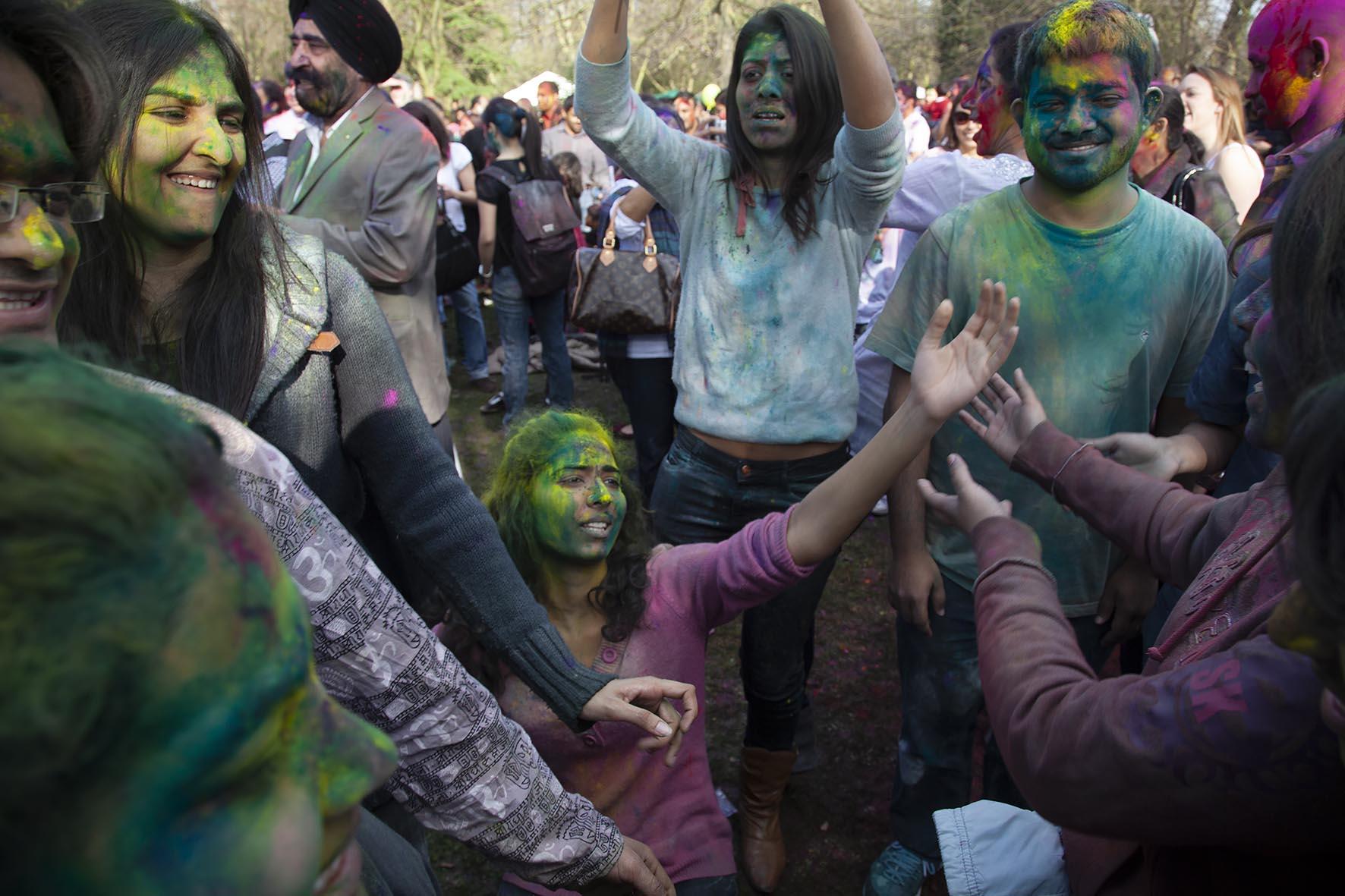 20120310holi hindu festival_BE.jpg