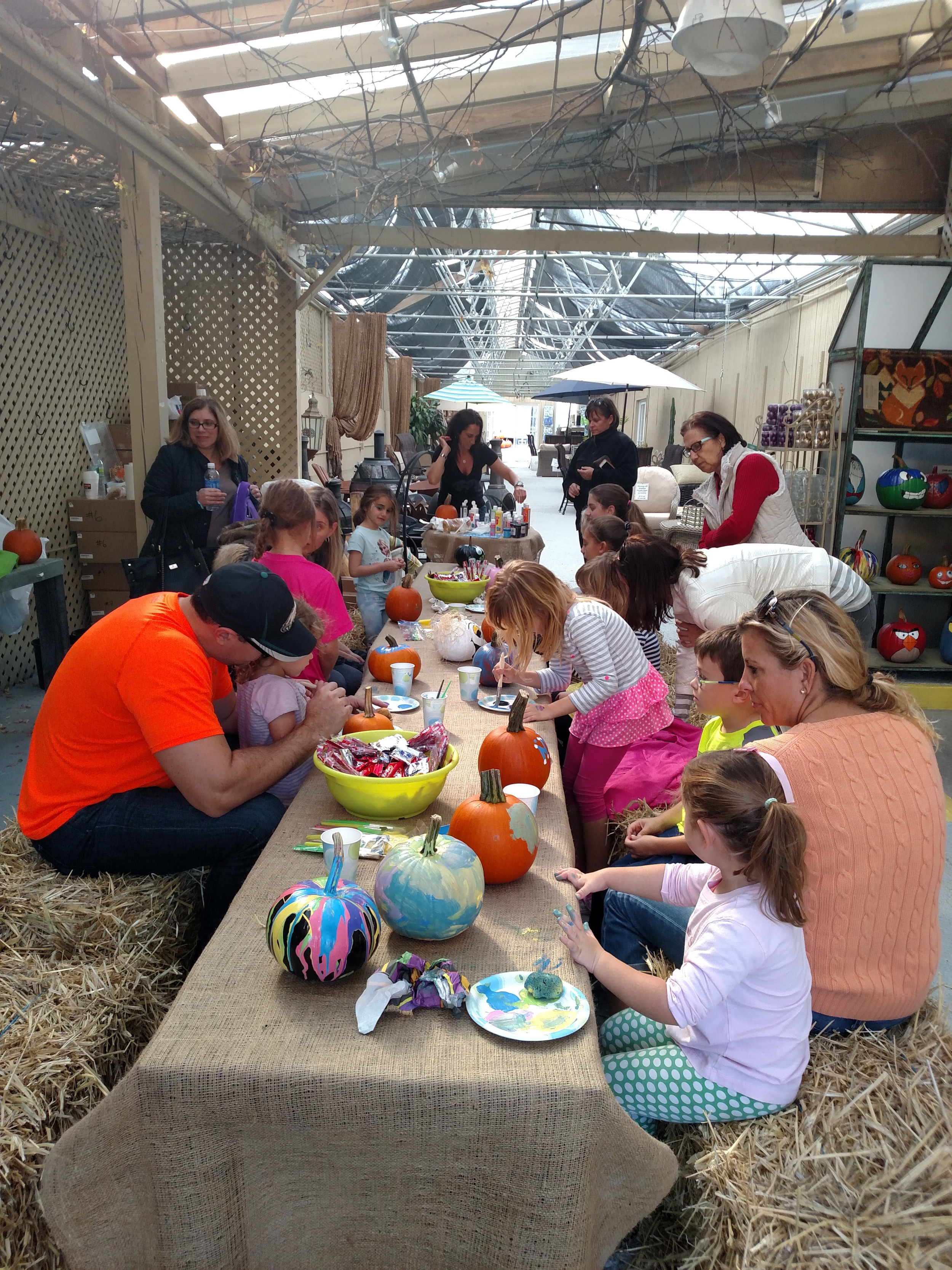Picture from J&M Pumpkin Painting Event run by Victoria of Victoria's Creation