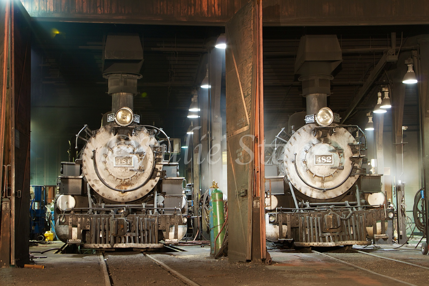 Engines 481 and 482 Fall Night Shoot 2014