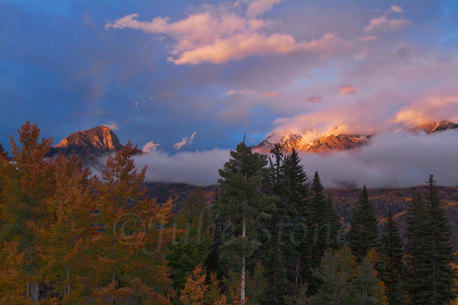 FALL SUNSET OVER SPUD & TWILIGHT PEAKS