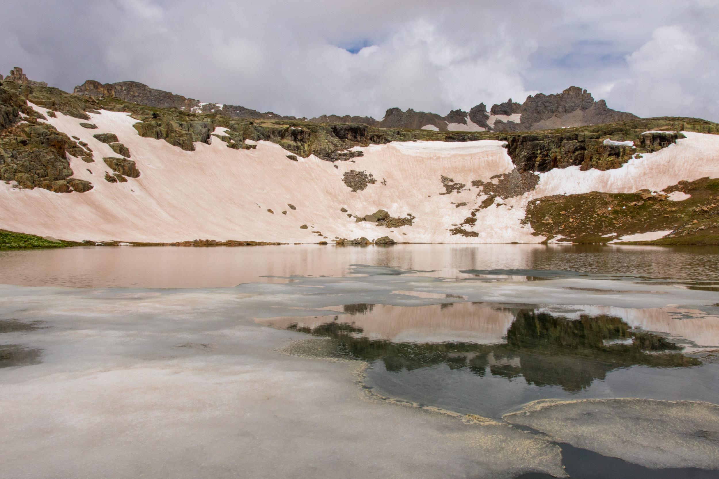Reflection through Icy Bullion king Lake, Image #JS2_5822