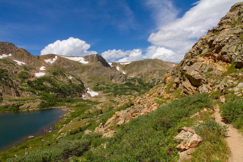 Trail descending along King Lake, Image # 0692