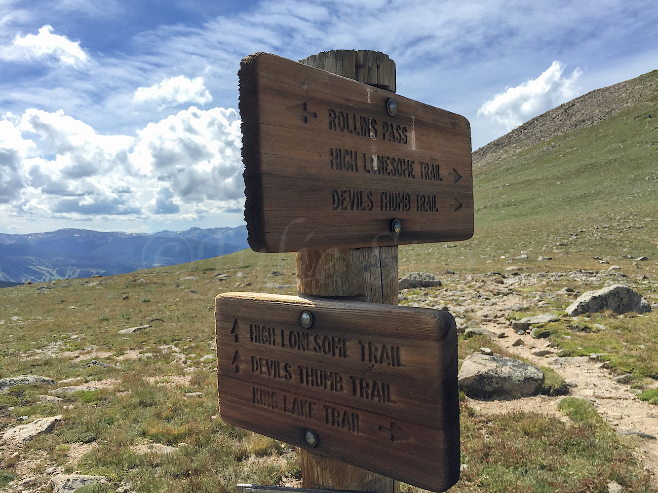 Trailhead sign on Rollins Pass, Image # 3441