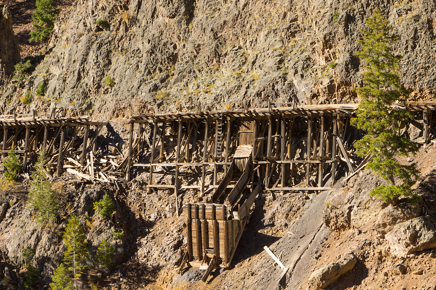 Trestle for moving ore cars down the hill from mine to mill, Image # 3177
