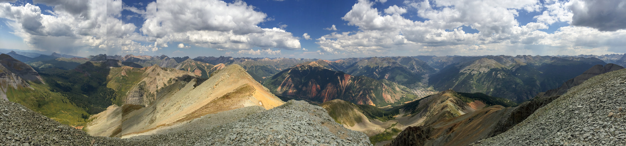 SPECTACULAR SUMMIT VIEW. (YOU CAN SEE SILVERTON, CO IN THE VALLEY ON THE RIGHT)