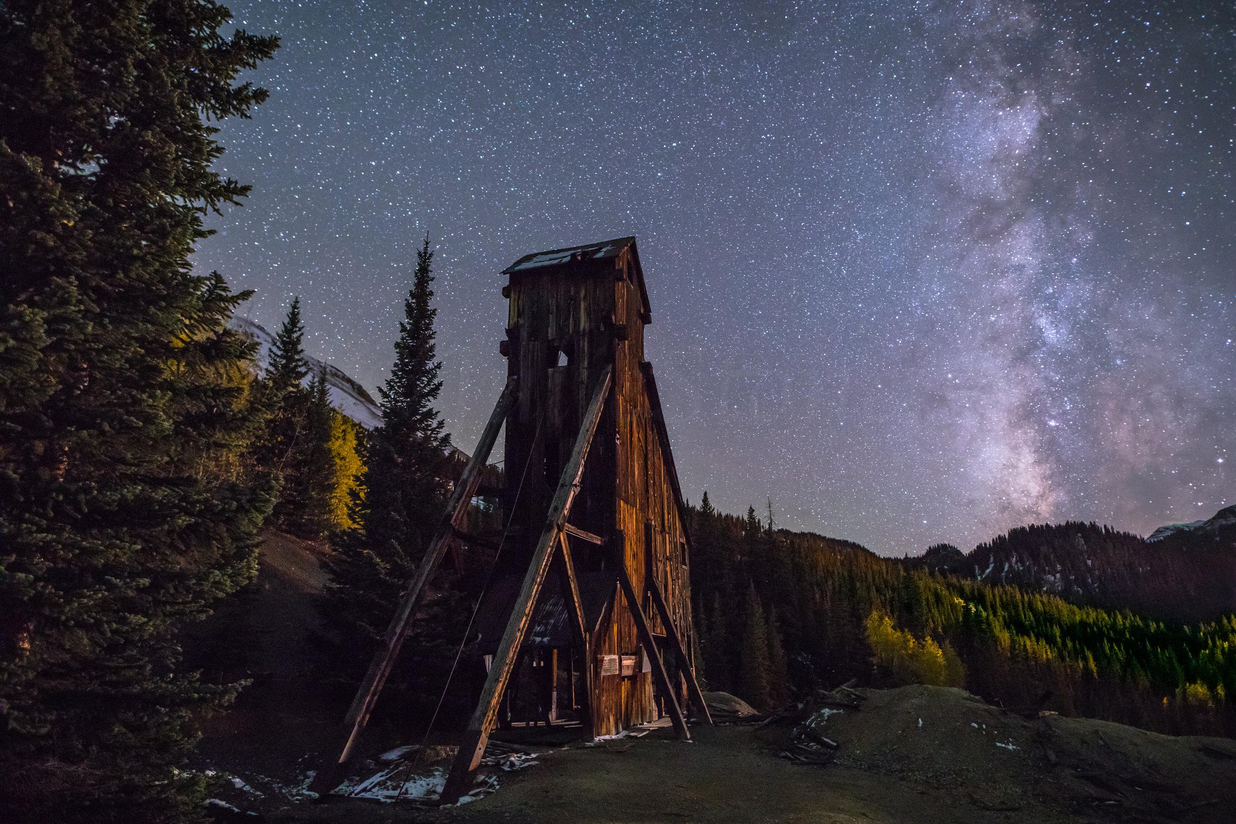 Milky way over Yankee Girl Mine, Image # 5551