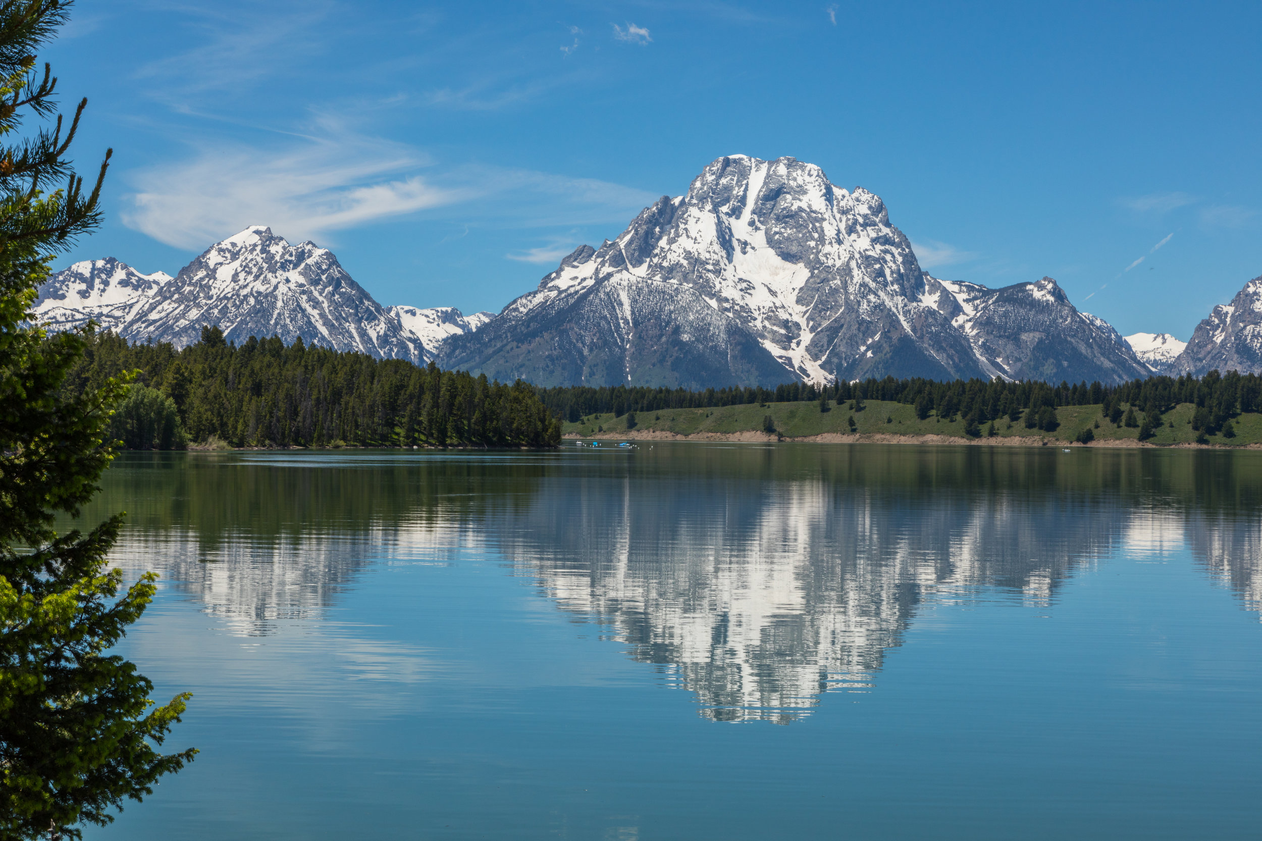 Reflection of Mount Moran in Jackson Lake, Image # 2481
