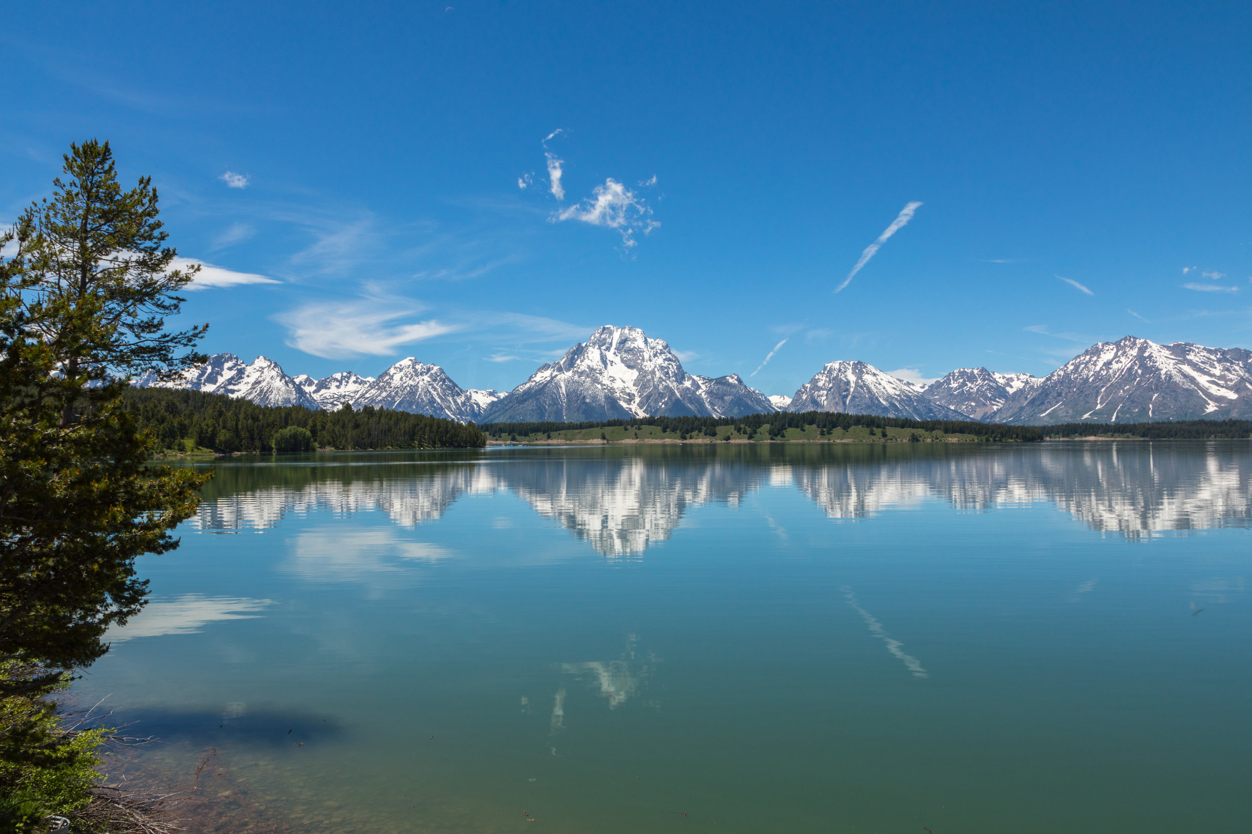 Reflection of Mount Moran in Jackson Lake, Image # 2502