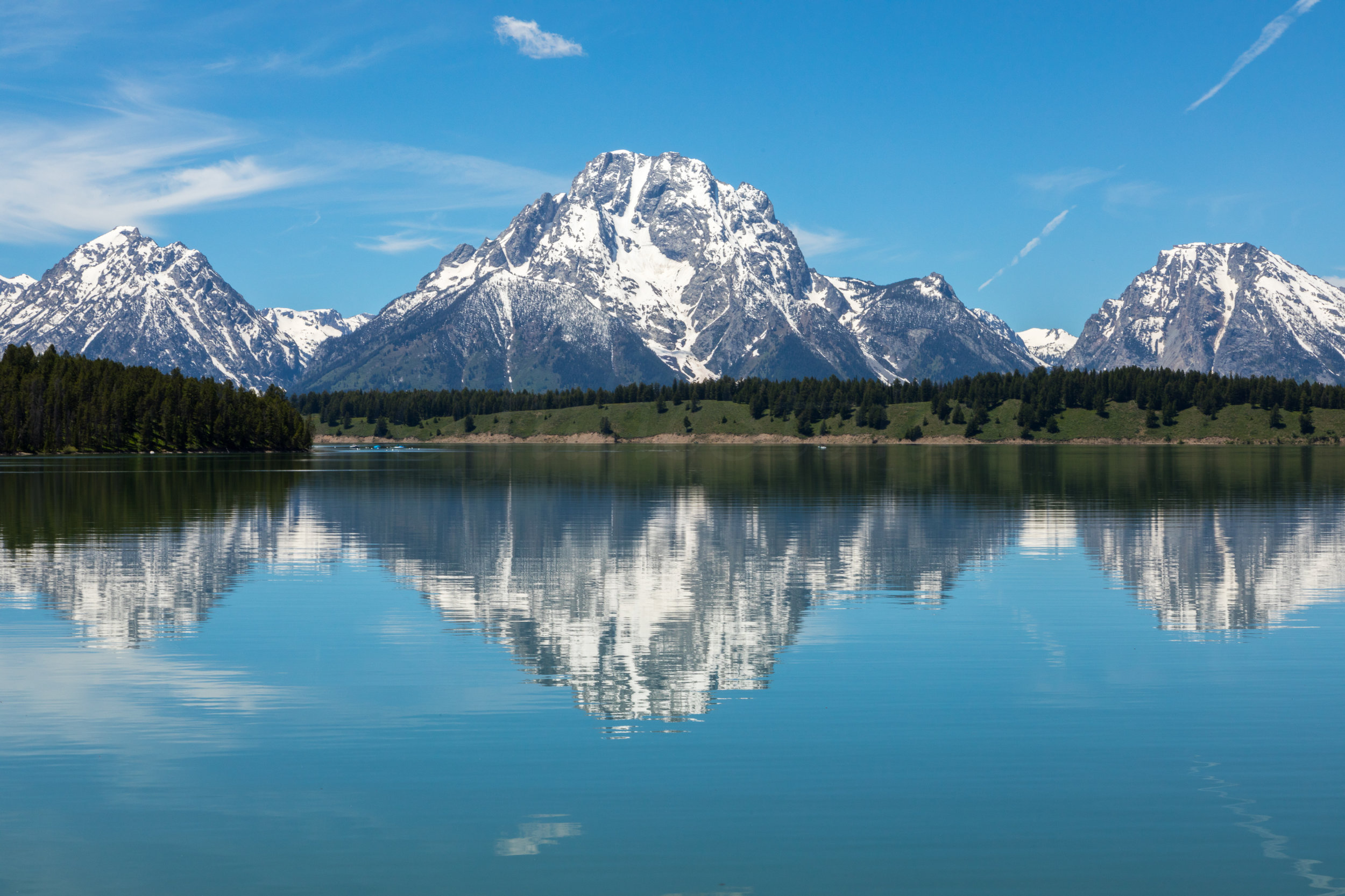 Reflection of Mount Moran in Jackson Lake, Image # 2494