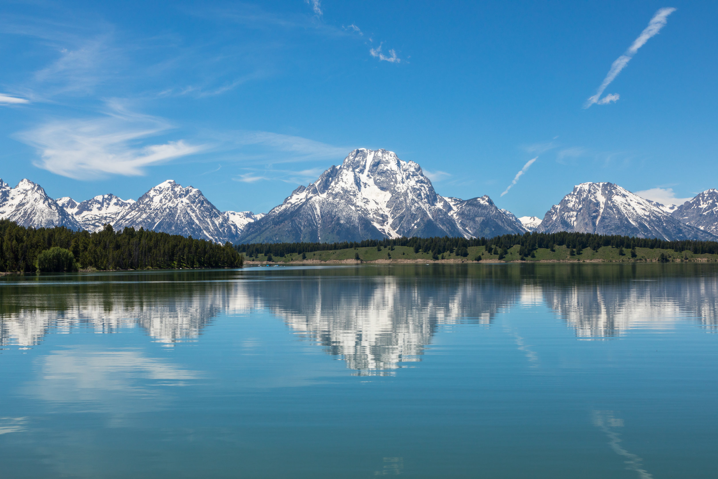 Reflection of Mount Moran in Jackson Lake, Image # 2517
