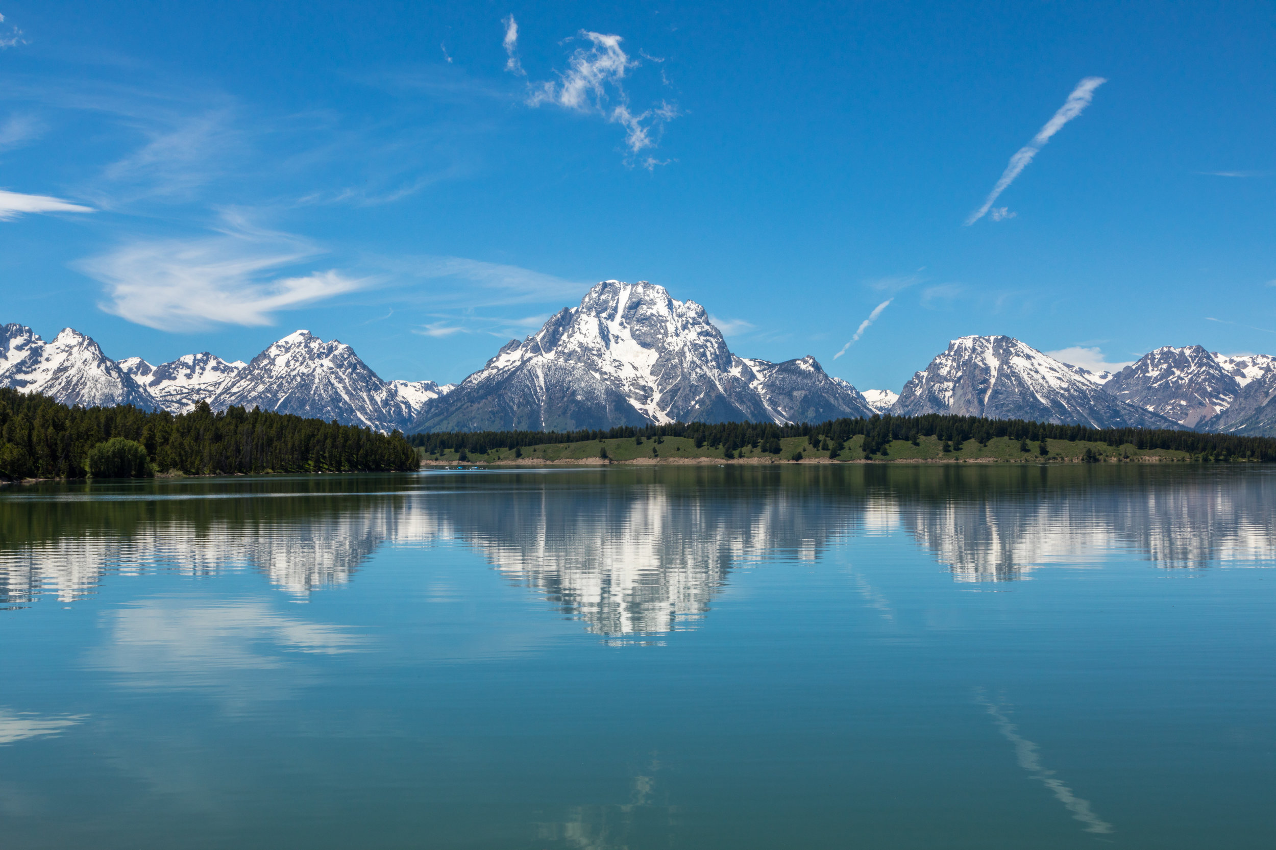 Reflection of Mount Moran in Jackson Lake, Image # 2508