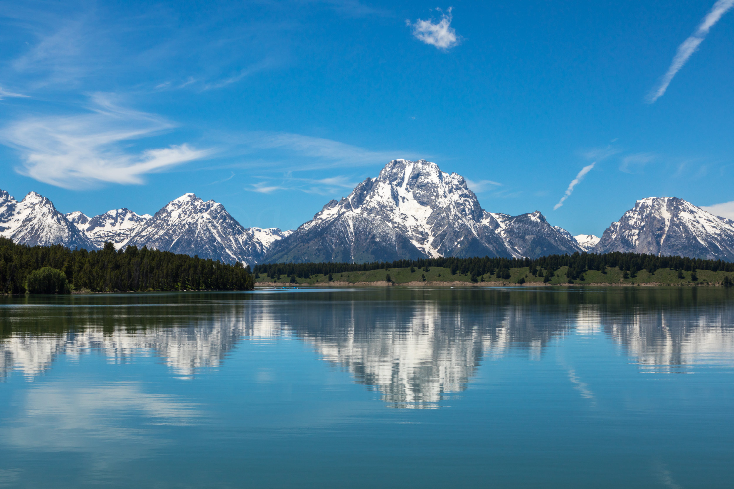 Reflection of Mount Moran in Jackson Lake, Image # 2535