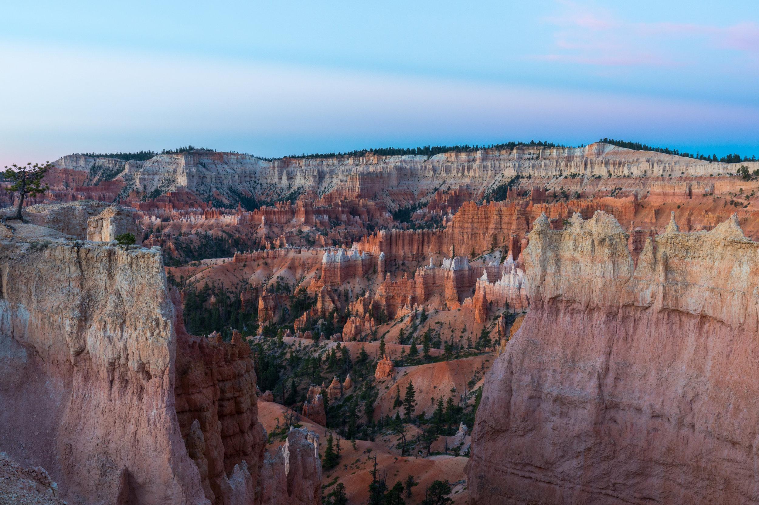 Sunrise Bryce National Park, Image # 0575