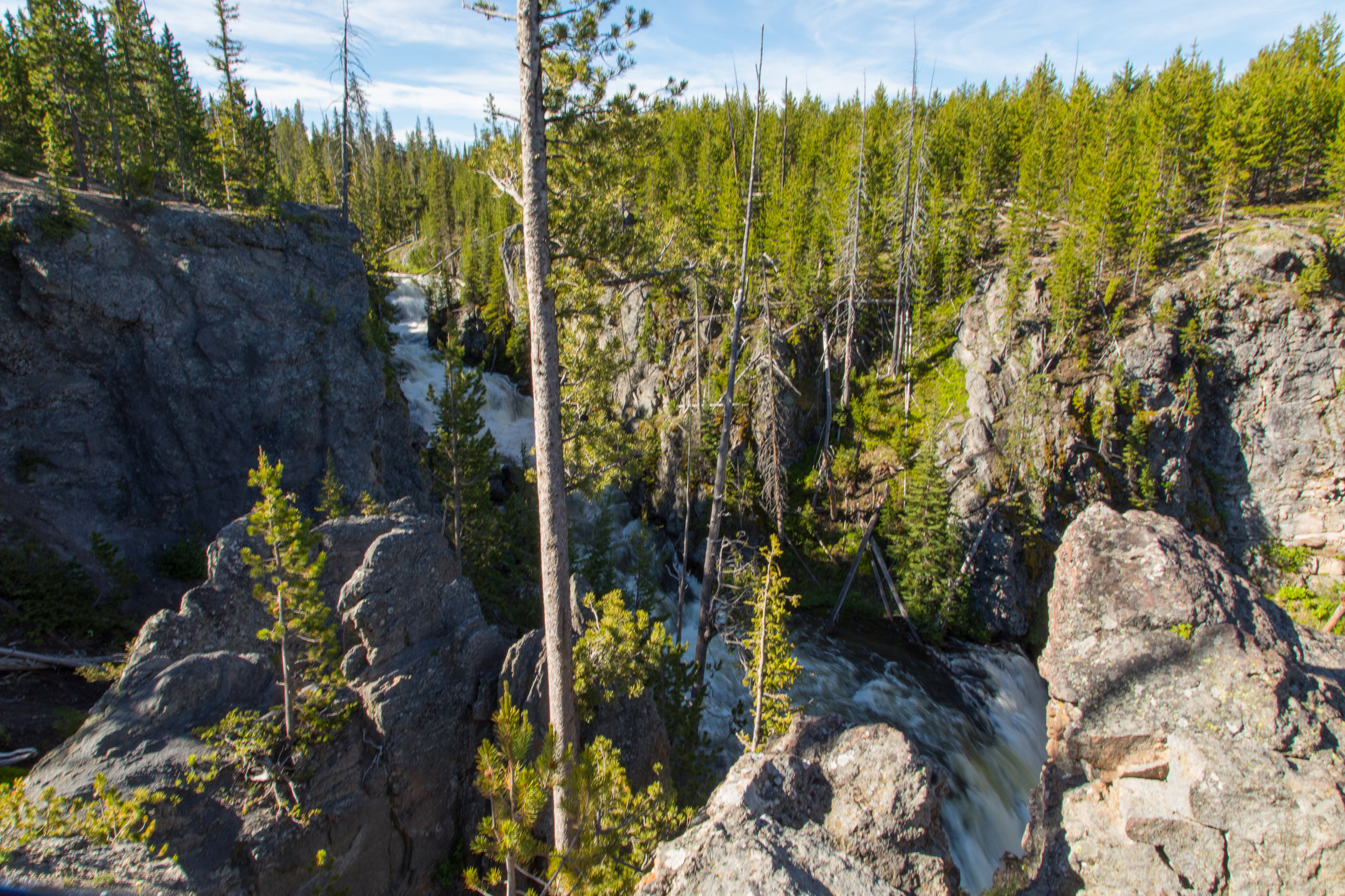 Lewis Falls, Yellowstone National Park,  Image # 4360