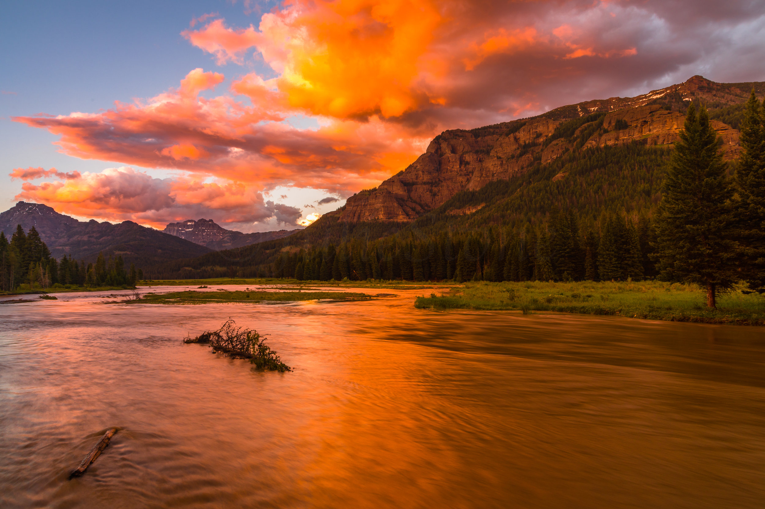 Lamar Valley Sunset, Yellowstone National Park, Image # 6056