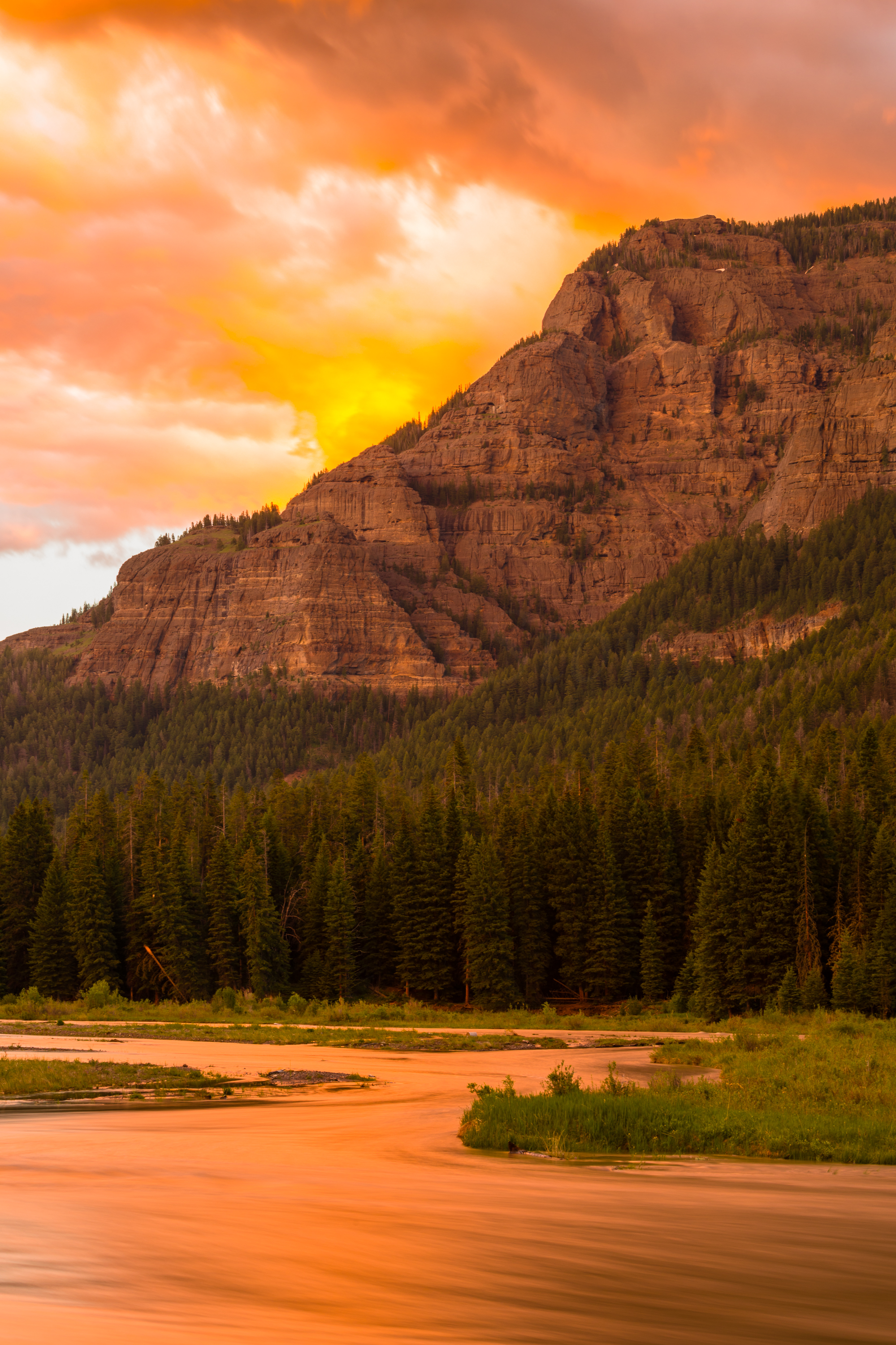 Lamar Valley Sunset, Yellowstone National Park, Image # 6052