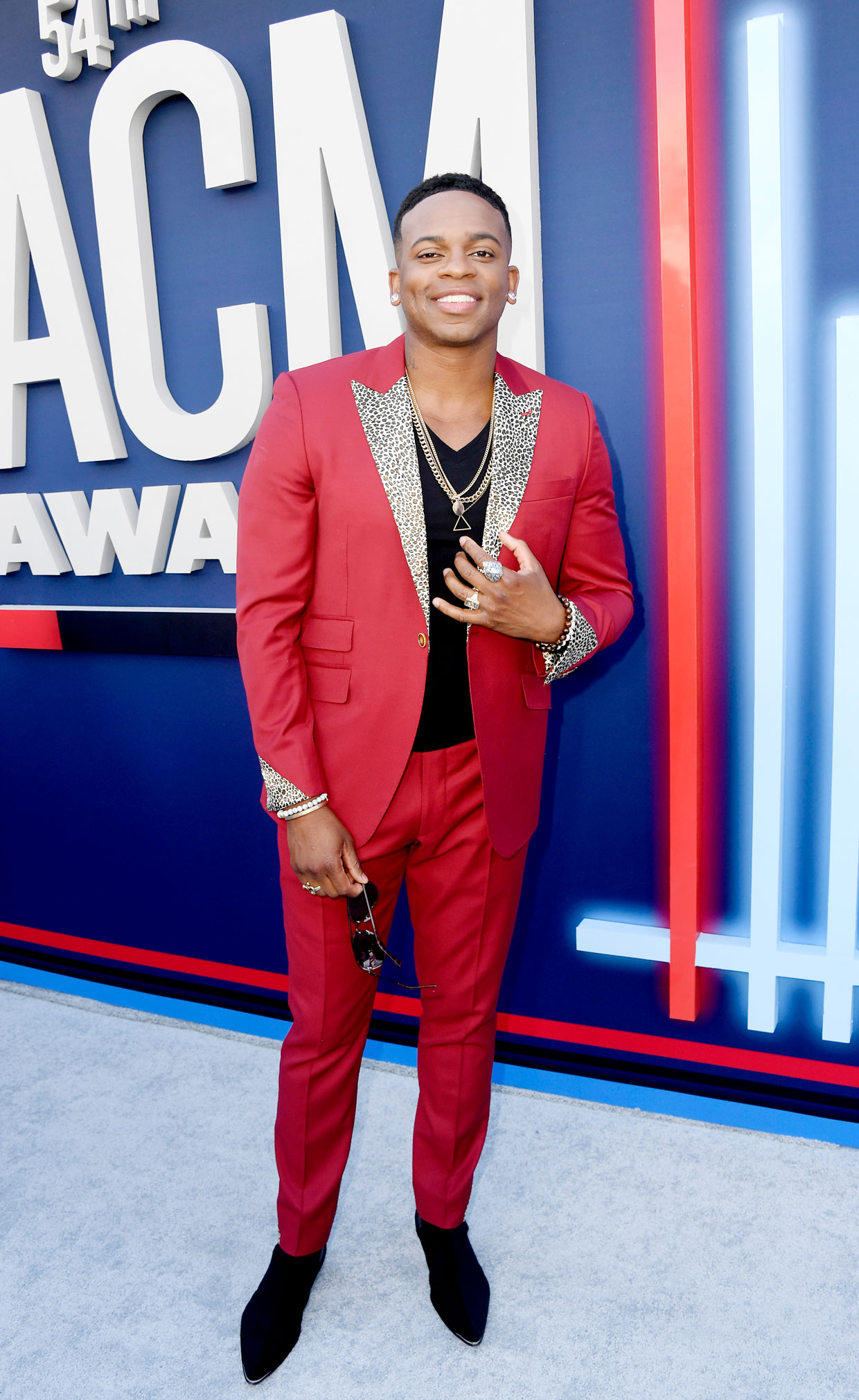 jimmie-allen-acm-awards-rc-2019-billboard-1240.jpg
