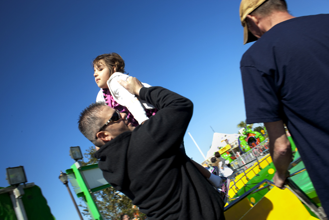 alyssa getting a lift from dad