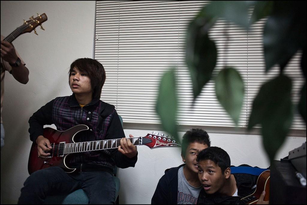 20110121_myanmar_community_church_practice_124-1024x684.jpg