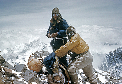 Edmund Hllary and Tenzing Norgay on their way to Mt. Everest. (  Royal Geographic Society)
