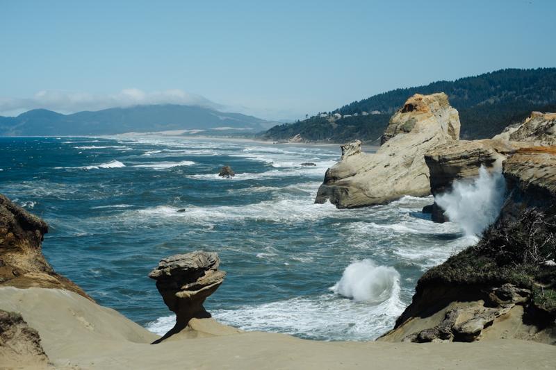 cape-kiwanda-oregon-beach-family-012.jpg