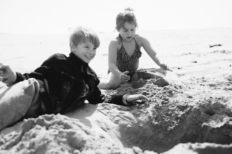 cape-kiwanda-oregon-beach-family-026.jpg